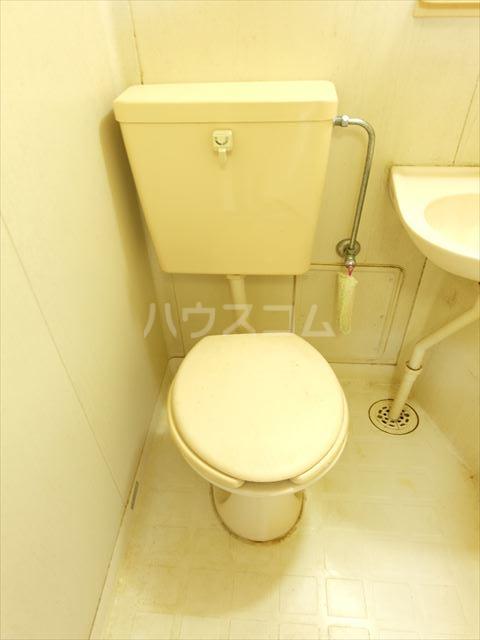 メゾンドココ 303号室のトイレ