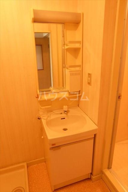 朝日コーポ 302号室の洗面所