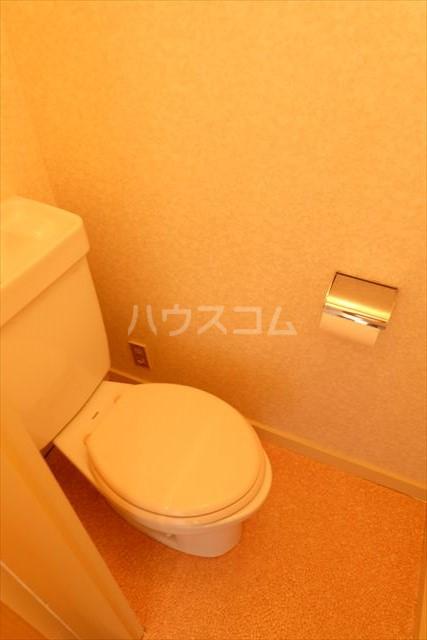 朝日コーポ 302号室のトイレ
