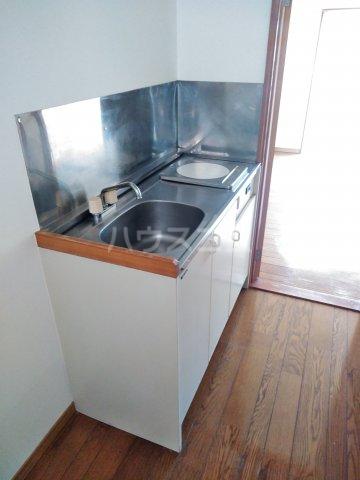 ストーンフィールド 202号室のキッチン