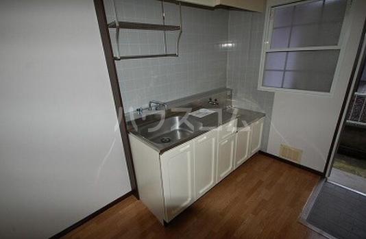 サンシティジュン 205号室のキッチン