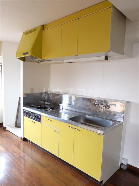 森山ハイツ 302号室のキッチン