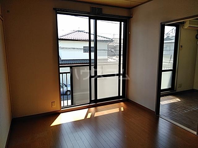 サンライフ東菓 202号室の居室