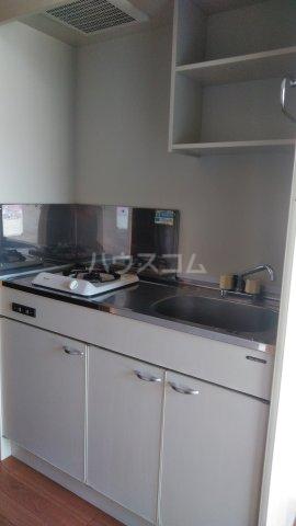 グランドールK Ⅱ 102号室のキッチン