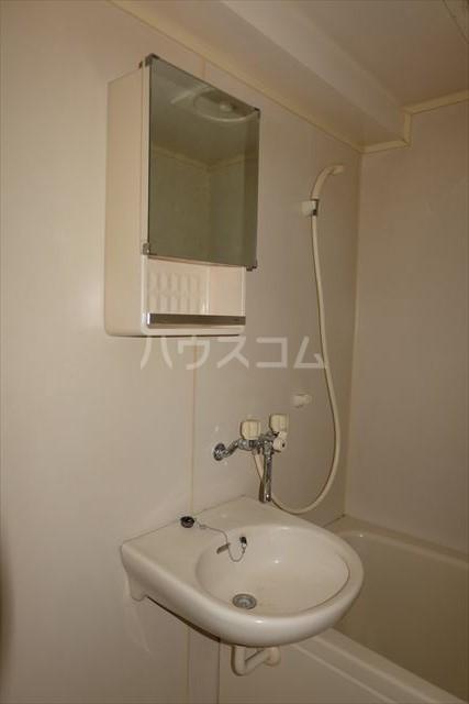 サンライズハイム 301号室の洗面所