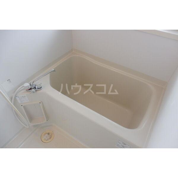 石井ハイツB 201号室の風呂