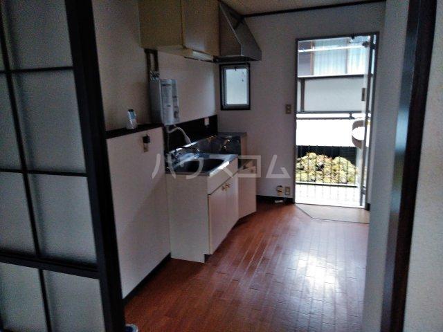 たかねハウス 202号室のキッチン