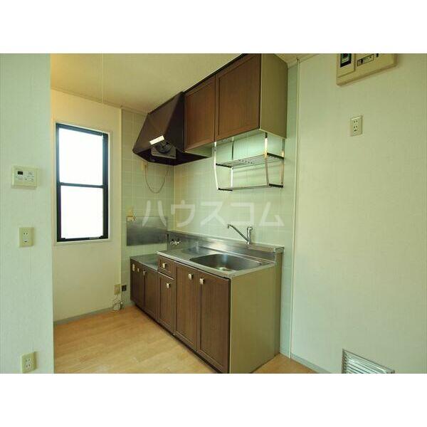 セジュールキクチB 205号室のキッチン
