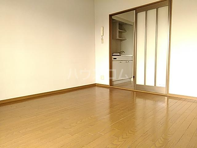 メゾンエトワール(神鳥谷5) 102号室の