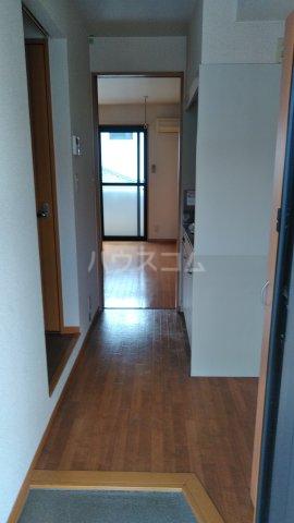 グランドールK Ⅰ 101号室の玄関