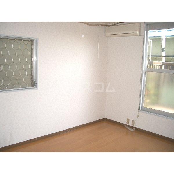 清明ハイツ 101号室の居室