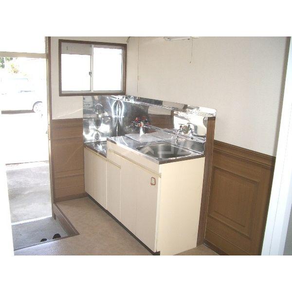 清明ハイツ 101号室のキッチン