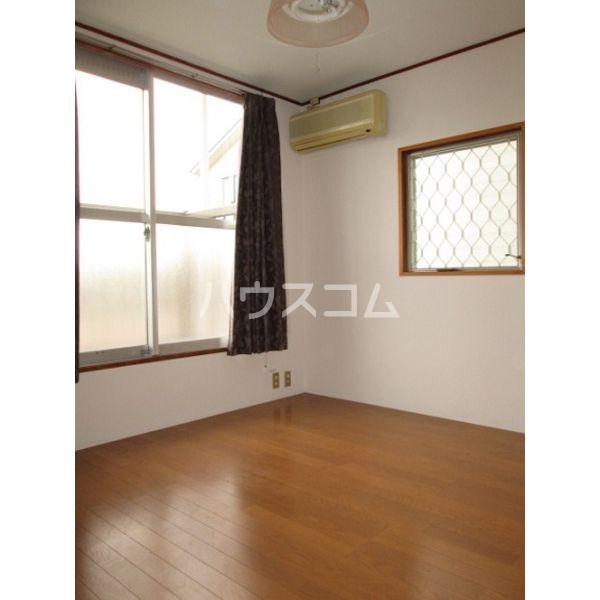 清明ハイツ 105号室の居室