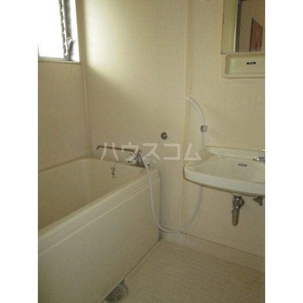 清明ハイツ 105号室の風呂