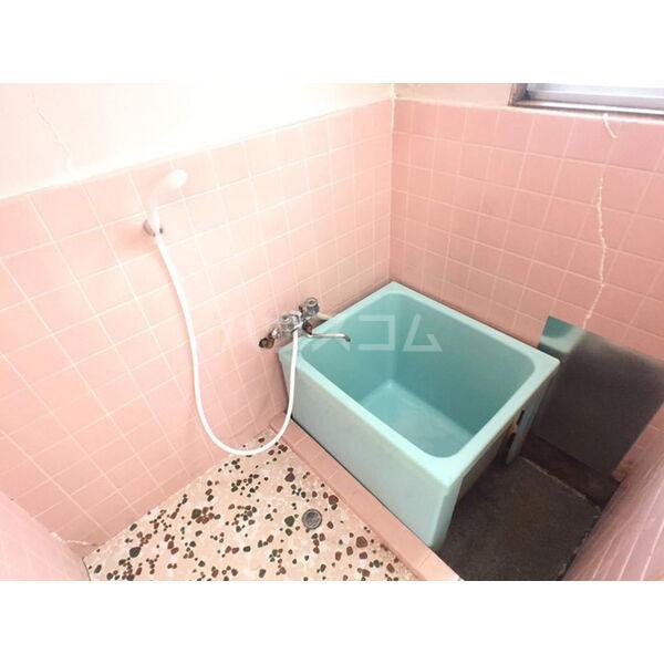 プランドール石井 旧カーサー新谷台 103号室の風呂