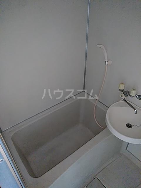 グリーンヒルM 102号室の風呂
