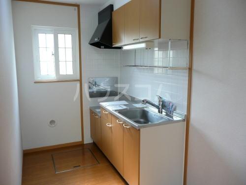 ソフィーシアB 01010号室のキッチン