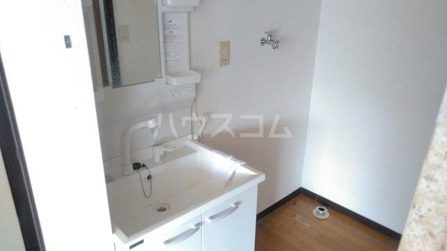 セントジョーンズ 201号室の洗面所