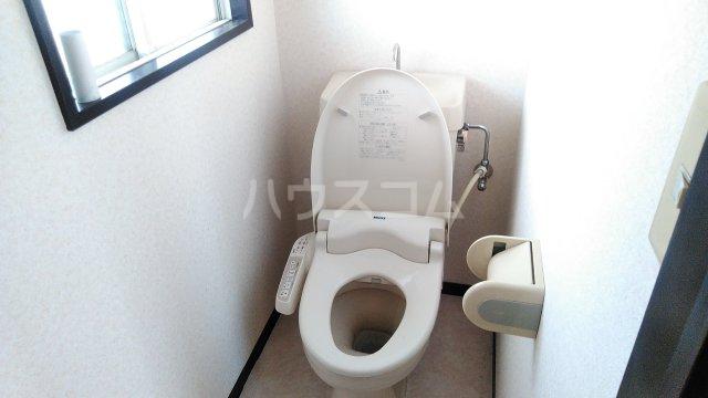 セントジョーンズ 201号室のトイレ
