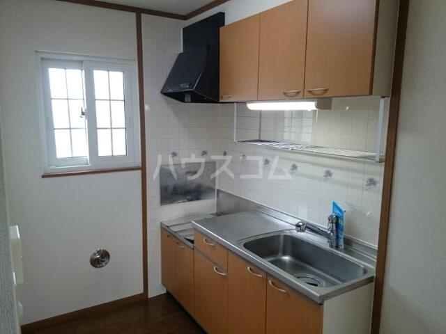 ピュアハウスⅡ 02040号室のキッチン