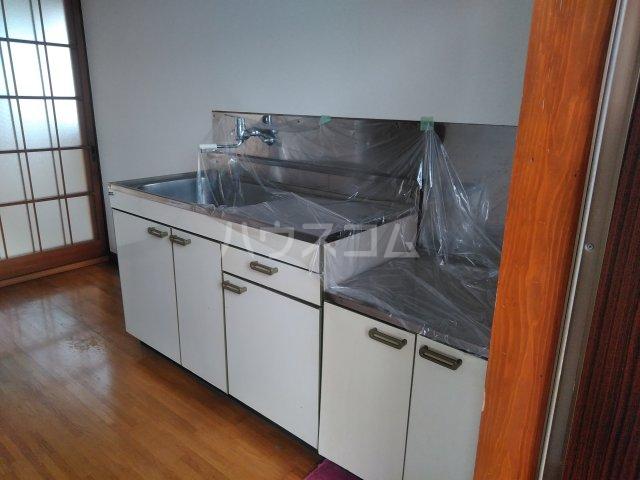 レジデンス寿 205号室のキッチン