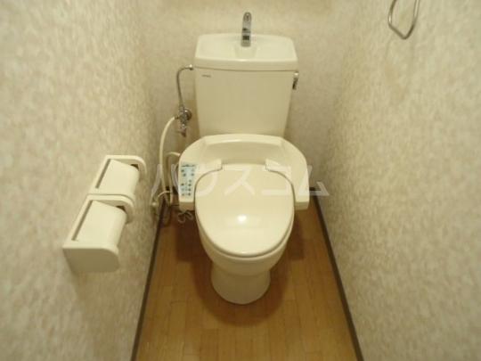 シェルルあずま 205号室のトイレ