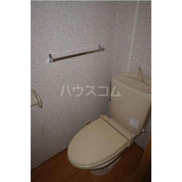 プラド光城B 102号室のトイレ