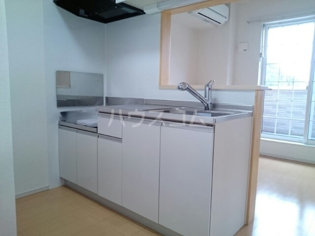 プリムローズ 02030号室のキッチン