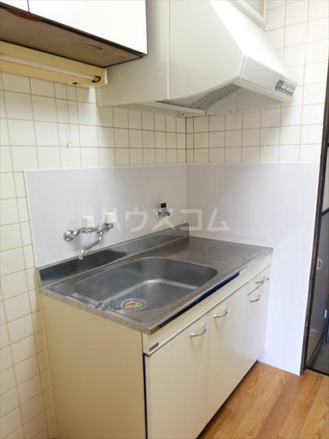 メゾン石原 201号室のキッチン