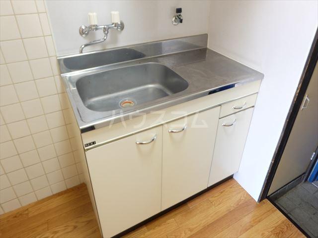 メゾン石原 202号室のキッチン