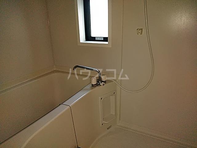 サンビレッジ花垣 A棟 102号室の風呂