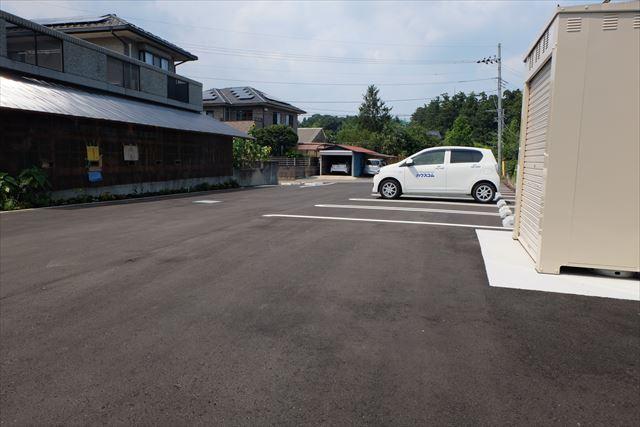 green Roofの駐車場