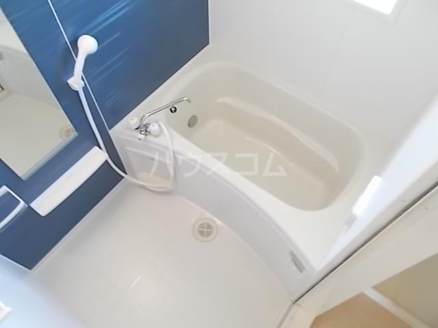 シャルロット Ⅰ 02030号室の風呂
