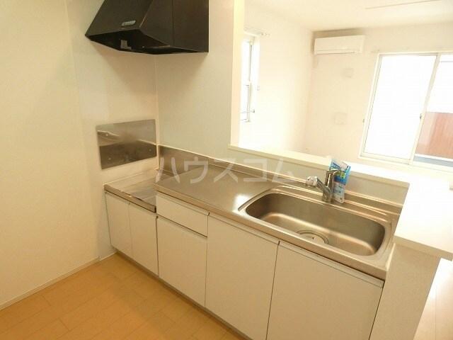 アルファードC 02030号室のキッチン
