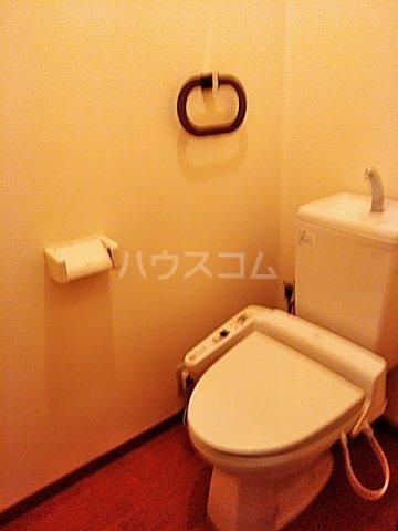 サンガーデン城東 B 101号室のトイレ