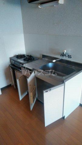 クレストタウン 202号室のキッチン