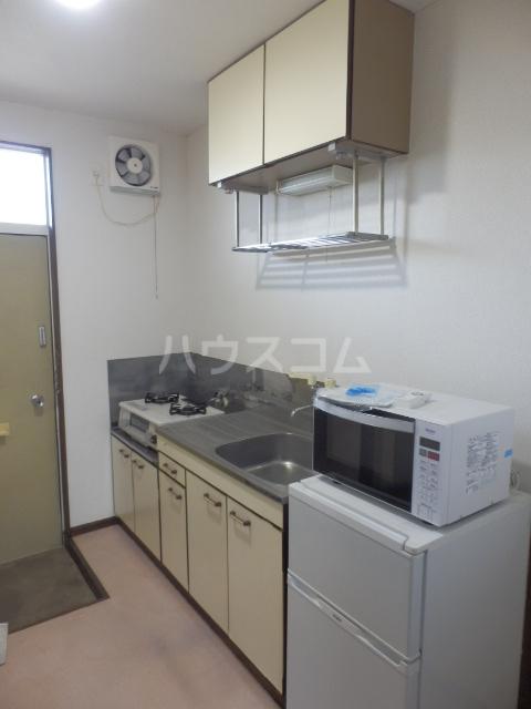 リブポート上戸祭 102号室のキッチン