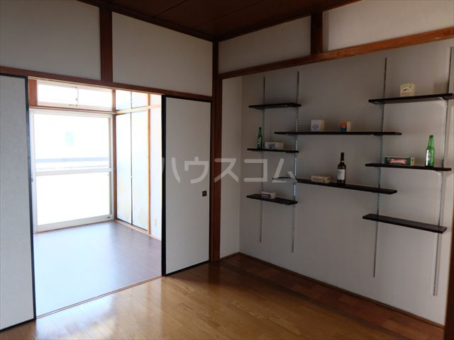 富士ハイツ 102号室の居室