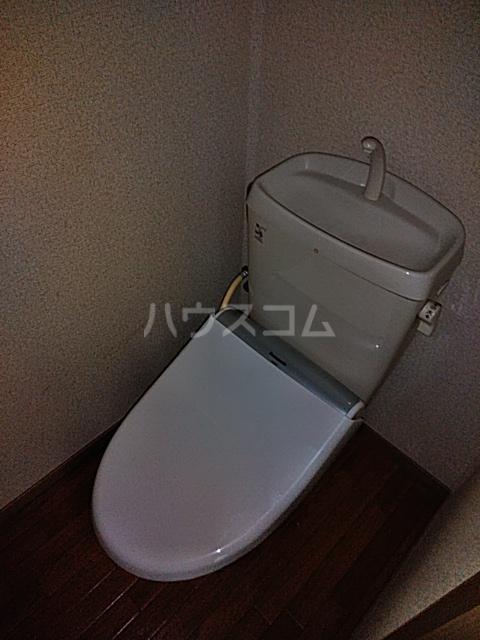 ウッディベル 102号室のトイレ
