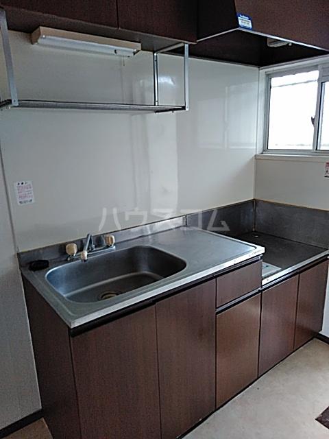 コーポサザンクロス 101号室のキッチン