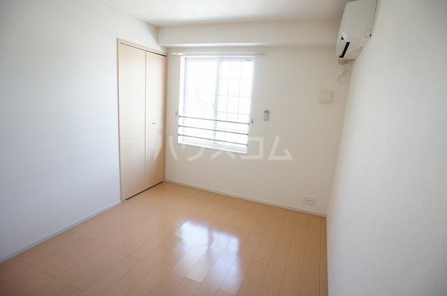 マーベラス 02030号室のベッドルーム