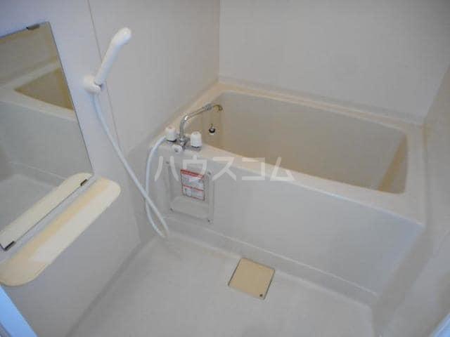 カーサ・ハル美 01010号室の風呂