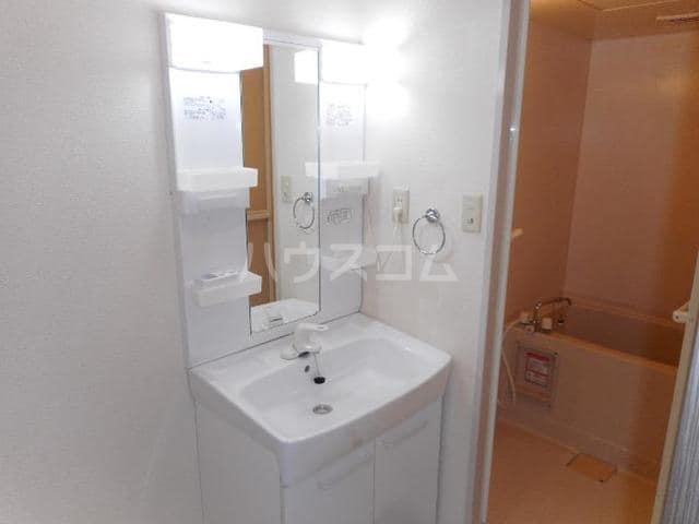 カーサ・ハル美 01010号室の洗面所
