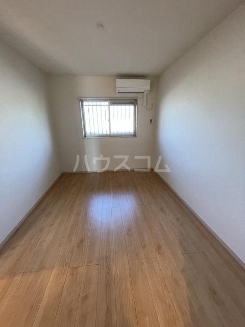 アーバンレジデンス 407号室のベッドルーム
