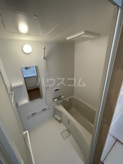 アーバンレジデンス 407号室の風呂