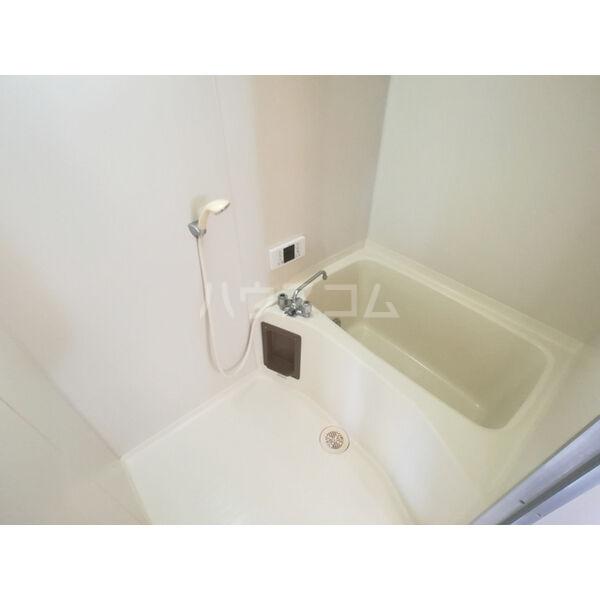 コーポインティアマウンテン1号室 105号室の風呂