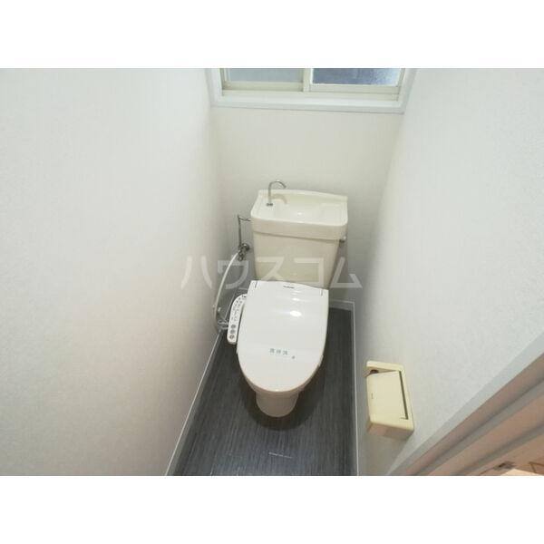 コーポインティアマウンテン1号室 105号室のトイレ