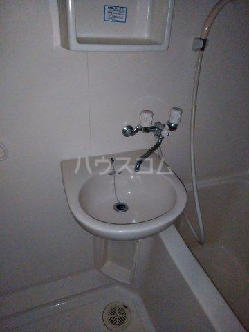 ナオイハイツⅡ 106号室の洗面所