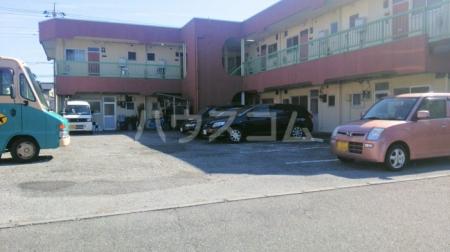 樹園マンション 207号室の駐車場