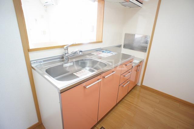 コンフォートB 01010号室のキッチン